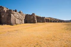 Muur van Sacsayhuaman, archeologische Inca-plaats Stock Fotografie