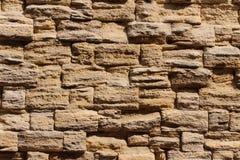 Muur van stenen, achtergrond in de vorm van een muur stock afbeelding