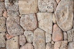 Muur van vulkanische steen stock afbeeldingen