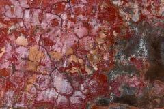 Muurfragment met krassen en barsten Stock Foto's