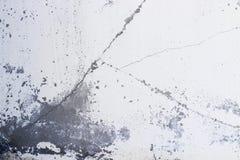 Muurfragment met krassen en barsten stock afbeeldingen