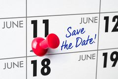 Muurkalender met een rode speld - 11 Juni Royalty-vrije Stock Fotografie