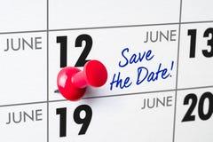 Muurkalender met een rode speld - 12 Juni Royalty-vrije Stock Afbeelding