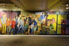 Muurmozaïek bij Vierkante 42 St de Metropost van The Times in NYC stock afbeelding