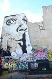 Muurschildering Parijs Dali stock afbeeldingen