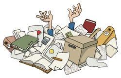 Muy ocupado con la pila de trabajos de papel Fotografía de archivo libre de regalías