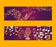 Muzikale instrumentenreeks van banners vectorillustratie Muziekconcept met saxofoon, microfoon, nota's Het spelen wind vector illustratie