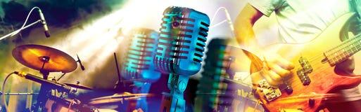 Muzikale prestaties op stadium De recreatie en de muziek tonen royalty-vrije stock afbeelding