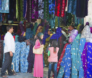Muzułmańscy kupujący Zdjęcie Royalty Free