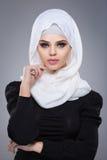 Muzułmańska kobieta w hijab Zdjęcia Royalty Free
