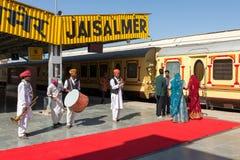 Muzycy bawić się tradycyjną rajasthani muzykę Zdjęcie Stock