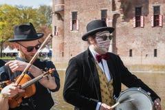 Muzycy w akci podczas elf fantazi jarmarku dalej Fotografia Stock
