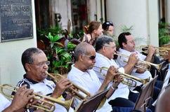 Muzycy z trąbki w orkiestrze zdjęcie stock