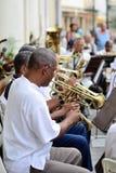 Muzycy z trąbki w orkiestrze obraz stock