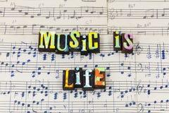 Muzyczna życie przerwa słucha ziemskiego świat wierzy głos typografii chrzcielnicy fotografia stock