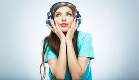 Muzycznej kobiety odosobniony portret Kobiety wzorcowy studio odizolowywający Fotografia Royalty Free