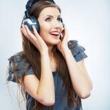 Muzycznej kobiety odosobniony portret Kobiety wzorcowy studio odizolowywający Fotografia Stock