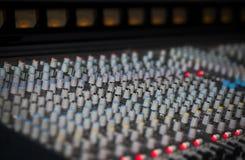 Muzyczny melanżeru wyćwiczenia dźwięk Obrazy Royalty Free