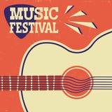Muzyczny plakatowy retro tło z gitarą akustyczną na starym papierze ilustracji