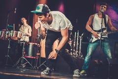 Muzyczny zespół na scenie Obraz Royalty Free