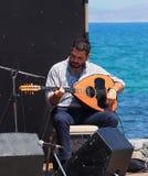 Muzyk Przy Wielkanocnym świętowaniem Heraklion Crete Grecja Obrazy Stock
