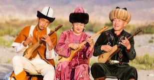 Muzyk sztuki tradycyjni instrumenty w Issyk Kula Obraz Stock