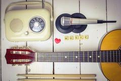 Muzykalni akcesoria Zdjęcia Royalty Free