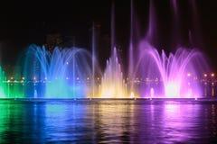 Muzykalny fontanny przedstawienie w Sharjah Obrazy Royalty Free