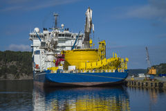 Mv北海巨人被停泊对船坞在口岸halden,亦不 免版税库存图片
