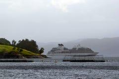 MV Seabourn Zoektocht dichtbij Aenes, Noorwegen stock foto