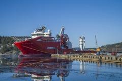 Корабль состыкованный на порте halden Стоковая Фотография
