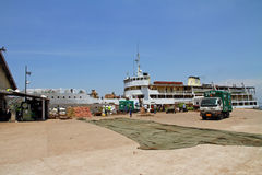 Mwanza Ferry loading at Terminal Royalty Free Stock Images