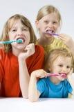 myć zęby dziecka Fotografia Royalty Free