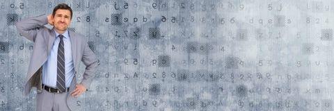 Myślący biznesmen z kodów listów i liczb przemianą Obrazy Stock