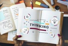 Myślących myśli innowaci grafiki Kreatywnie pojęcie Obraz Stock