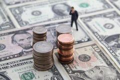 Myśleć o pieniądze obraz stock