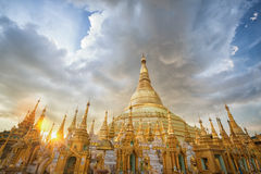 Myanmar-Ansicht von Shwedagon-Pagode Stockfotos