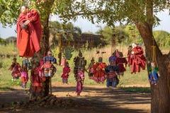 Myanmar bagan Birma de marionetkabel van het reis Heidense Koninkrijk het van een scharnier voorzien monnik myanmar Stock Foto