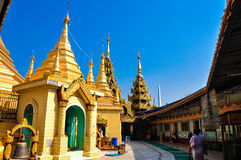 Myanmar (Birma) is het godsdienstigste Boeddhistische land in termen van het aandeel monniken in de bevolking en aandeel van n.v. Stock Afbeelding
