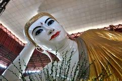 Myanmar Boedha standbeeld stock foto's