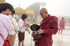 Myanmar mnisi buddyjscy Obrazy Royalty Free
