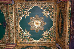 myanmar pagodashwedagon yangon Arkivfoton