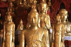 Myanmar, Pindaya: 8000 Buddhas Höhle Lizenzfreie Stockfotografie