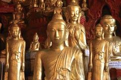 Myanmar, Pindaya: 8000 hol van Boedha Royalty-vrije Stock Fotografie