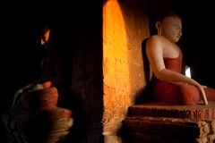 myanmar Tempie di Bagan alla notte Fotografia Stock