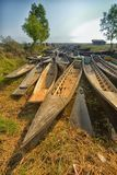 Myanmar tr?sampankanot i kanal arkivbild
