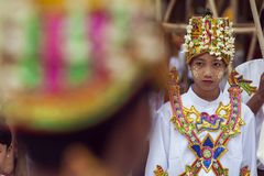 Myanmar - Yangon - de GROTE SHWEDAGON-PAGODE royalty-vrije stock foto's