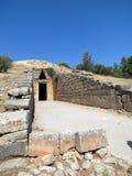 Mycenae, ingang aan het graf van Agamemnon stock afbeelding