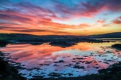 Mycket dynamisk solnedgång över Atlanten royaltyfri foto