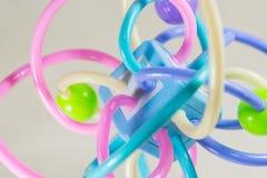 Mycket färgrik molekylstruktur på vit bakgrund Fotografering för Bildbyråer